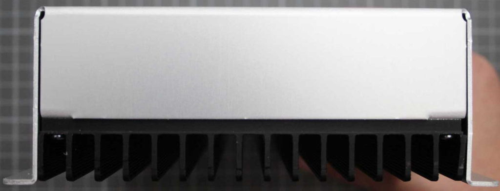 Non-compliant LTE repeater side view